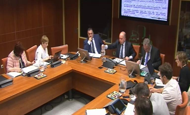 Comisión de Salud y Consumo (16/6/2014) [109:54]