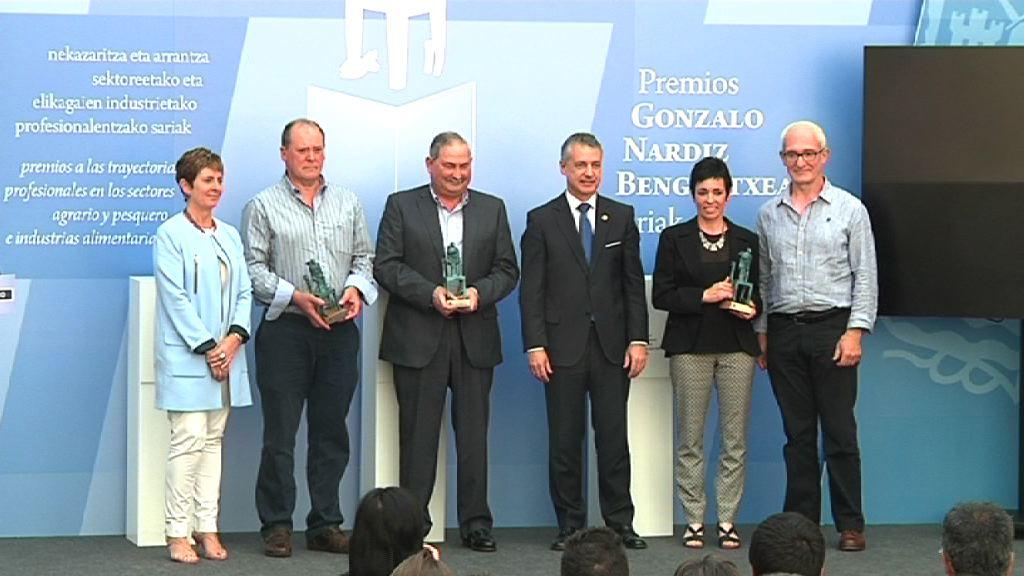 Victor Badiola, Tomás Larrañaga, Maje Gorritxu y Artzain Gazta, premios Gonzalo Nardiz 2014 [42:15]