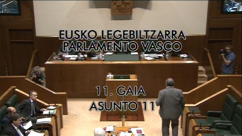 """Pregunta, Nerea Llanos, grupo Popular Vasco, sobre el curso """"El fin de ETA y la recuperación de la convivencia en el País Vasco"""" [8:49]"""