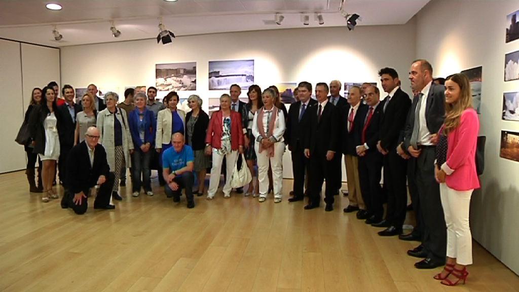 """El Gobierno vasco presenta """"Euskadi Lagunkoia"""", un proyecto que promueve la creación de entornos físicos y sociales adecuados a las personas mayores [25:55]"""