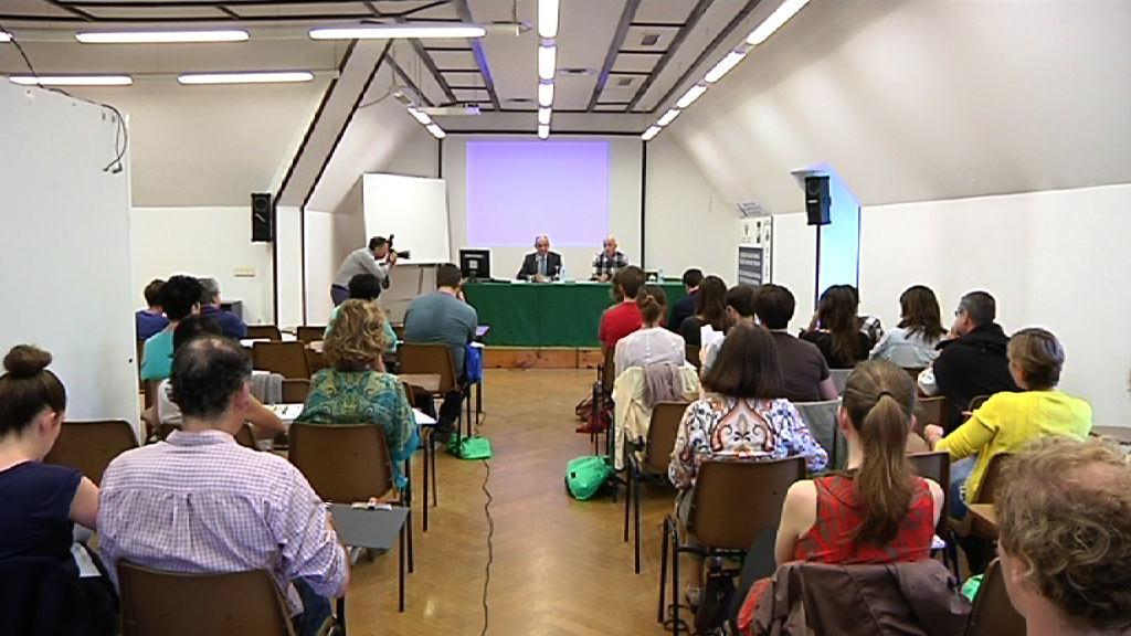 El Gobierno Vasco cree que es positiva la visita de Powell para la consolidación de la paz y la convivencia [71:39]