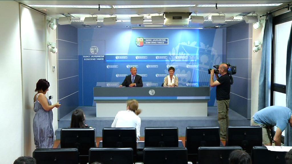 El Gobierno Vasco cree que el dato del paro de Agosto no es positivo pero ve un cambio de tendencia [18:09]