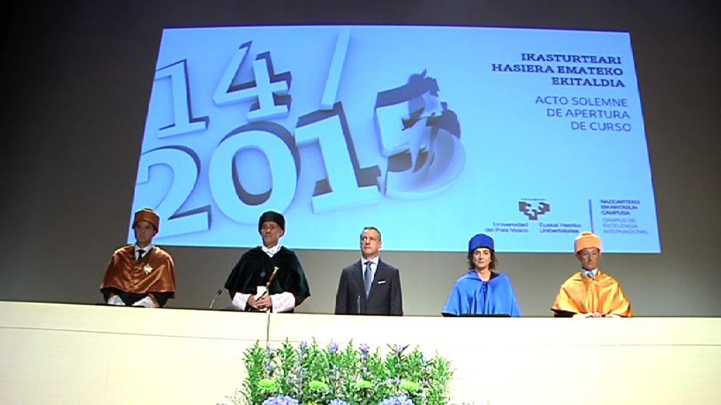 """Lehendakari: """"la Universidad es una institución clave para el futuro de Euskadi"""" [10:44]"""