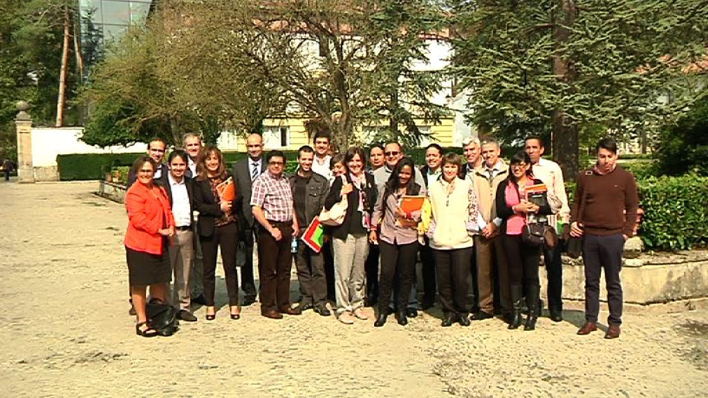 Representantes institucionales de Ecuador visitan Euskadi como referente de desarrollo sostenible [2:14]