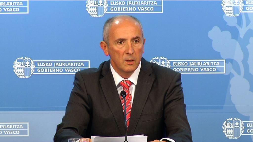 El Gobierno Vasco denuncia que el español rompe el consenso político de creación del estado autonómico bajo pretexto de la crisis económica   [0:00]