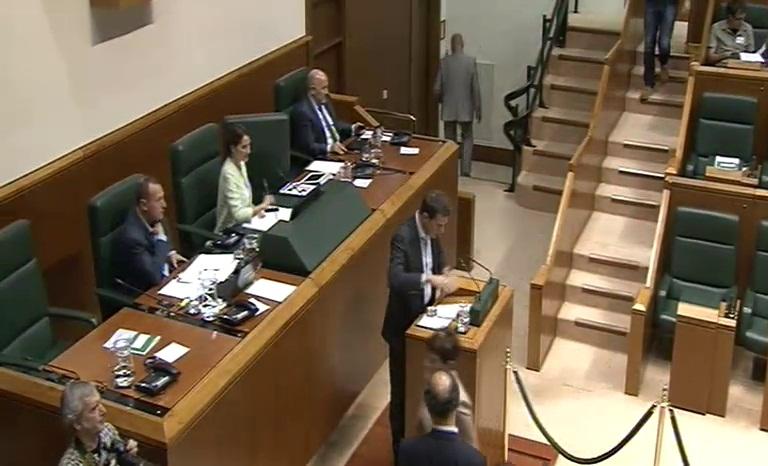El lehendakari ofrece y reivindica estabilidad y concertación para los retos de País [72:00]
