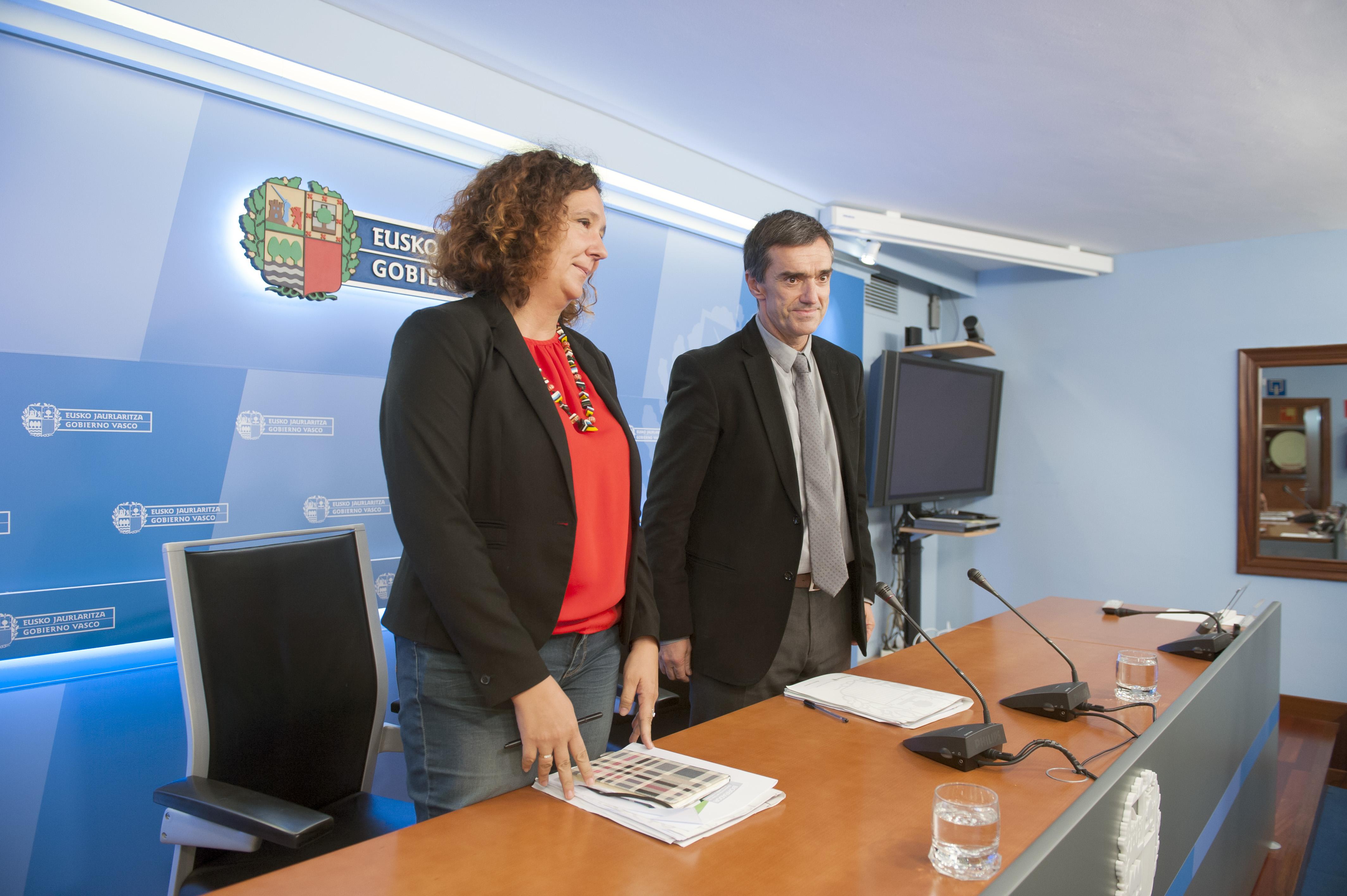 El Gobierno Vasco presenta el programa Hitzeman, la vía legal para la reinserción de las personas presas  [20:14]