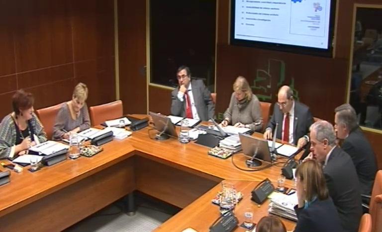 El departamento de Salud del Gobierno Vasco gestionará  3.390.458.000 € priorizando el Sistema Sanitario Público vasco [0:00]