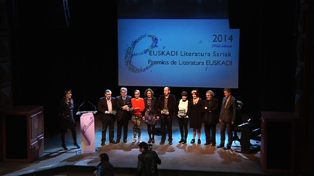 El Gobierno Vasco entrega los Premios de Literatura Euskadi 2014 [8:04]