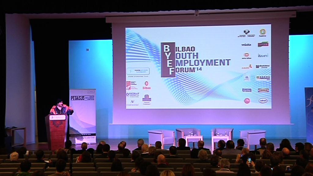 """Aburto sobre el empleo juvenil: """"está en juego nuestra pervivencia como sociedad"""" [10:32]"""