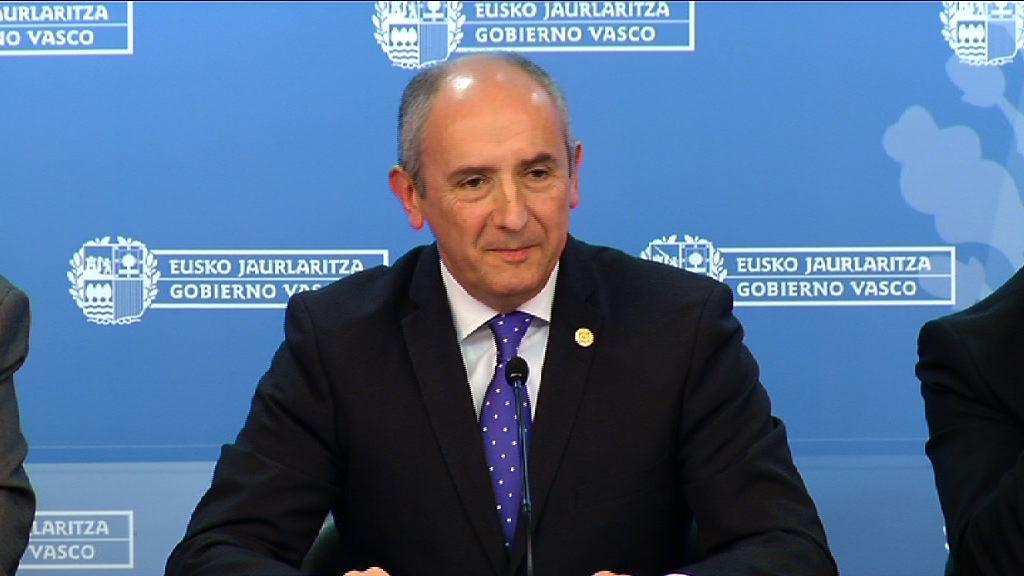 Erkoreka considera llamativo que el Gobierno español anticipe las decisiones judiciales [3:26]