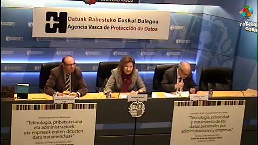 La AVPD cierra los actos del 10º aniversario con un encuentro de Agencias de Protección de Datos de España, Cataluña y País Vasco [65:29]