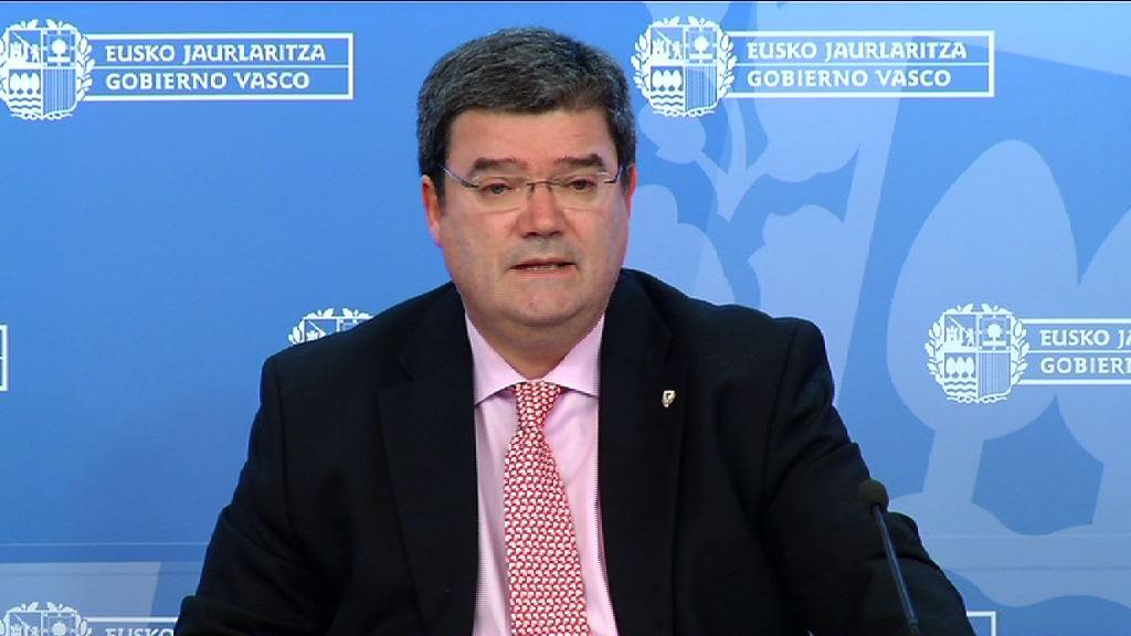 El consejero de Empleo y Políticas Sociales Juan Mari Aburto se despide del Gobierno Vasco [27:30]