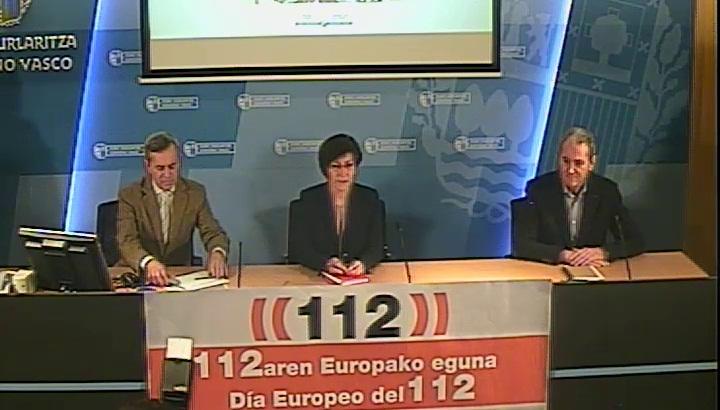 El Departamento de Seguridad homenajea a las mujeres profesionales de las emergencias coincidiendo con el Día Europeo del Teléfono 112  [33:40]