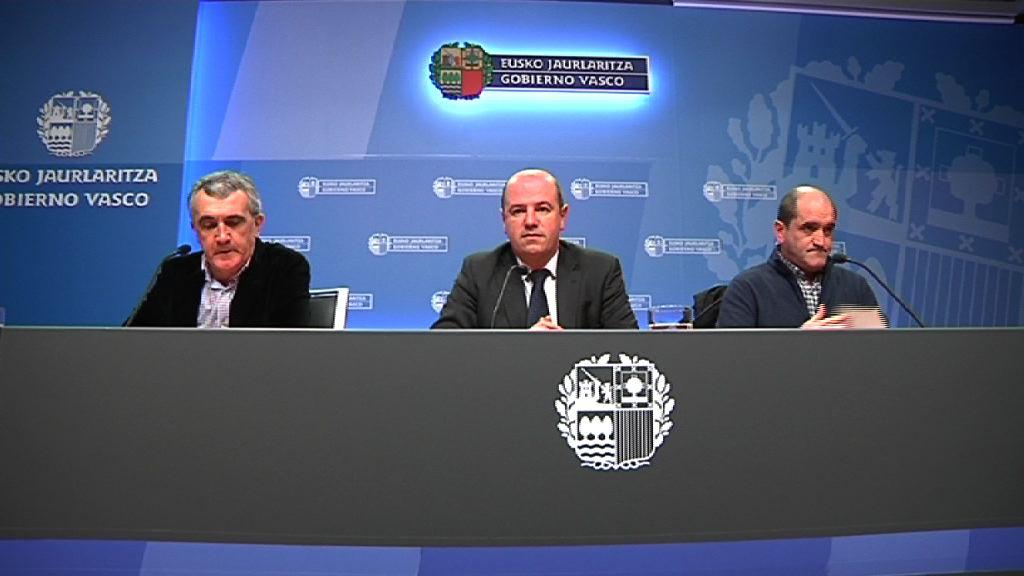 Eusko Jaurlaritzak 1.300.000 euro bideratuko ditu esnetarako behien, patataren eta erremolatxaren sektoreetara [16:23]