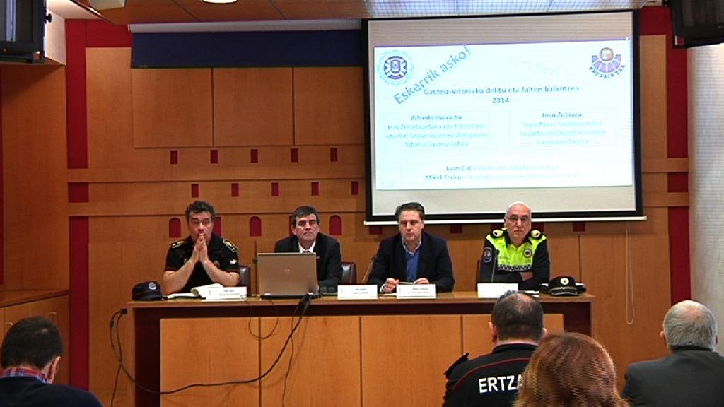 Los delitos se reducen en Vitoria-Gasteiz un 12,86 % en 2014 y encadenan ya cuatro años consecutivos de descenso [15:31]