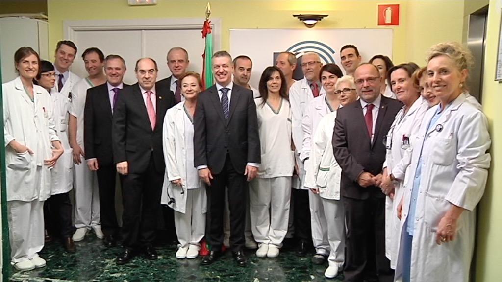 El lehendakari visita el nuevo equipo de resonancia magnética para Gipuzkoa [9:41]