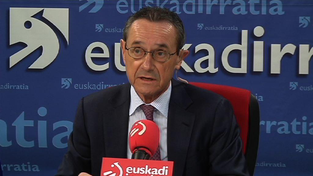 Ángel Toña trabajará en los acuerdos adoptados por la Mesa de Diálogo Social y tiende la mano a ELA y LAB para que se unan a ella [22:37]