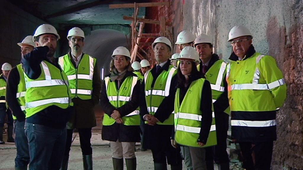 El Lehendakari Urkullu comprueba el avance de las obras de la nueva estación de Altza del Metro de Donostialdea  [3:16]