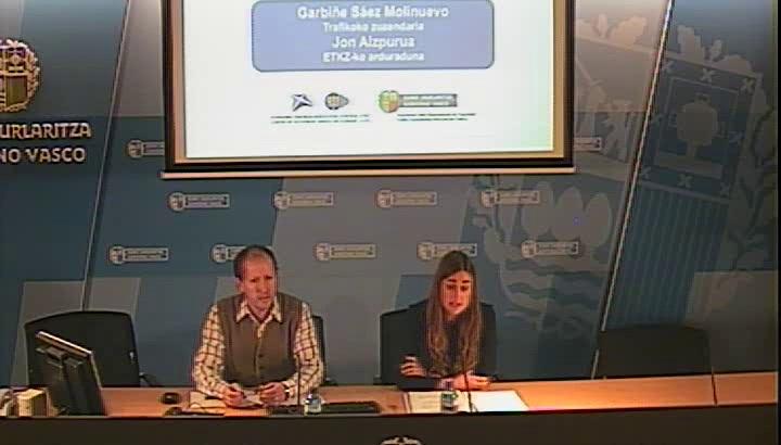 La Dirección de Tráfico espera 15.000 vehículos más que el año pasado en las carreteras de Euskadi durante la Semana Santa  [26:05]