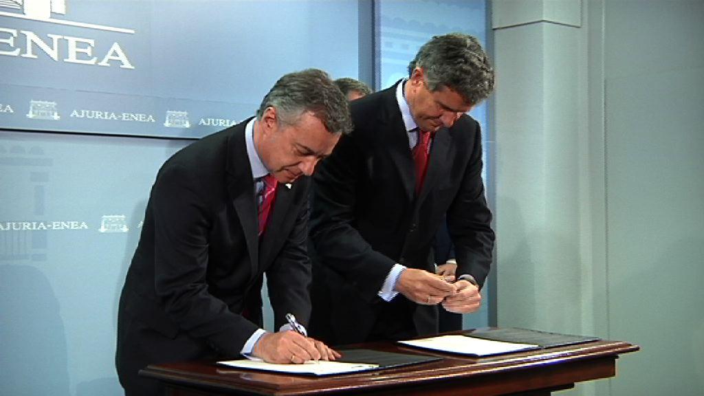 Lehendakariak eta Gestamp enpresako presidenteak protokolo bat sinatu dute, Euskadin teknologia aurreratuen bikaintasunezko prestakuntza-zentro bat ezartzeko [18:05]