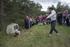 El Gobierno Vasco y el Ayuntamiento de Valdegovía entregan los restos de un fusilado en la Guerra Civil hallados en una fosa en Bóveda