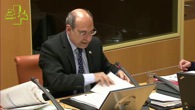 La mitad de los objetivos y las acciones previstos en el Plan de Salud 2013-2020 del Gobierno Vasco están ya en marcha [99:30]
