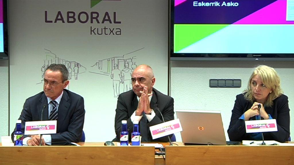 Ángel Toña aboga por impulsar la cultura emprendedora durante la presentación de resultados 2014 Gaztenpresa [11:56]