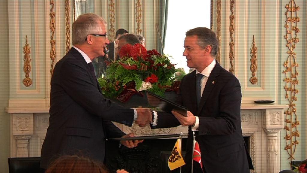 The Lehendakari signs a Memorandum of Understanding in Brussels to forge closer ties with Flanders [5:17]