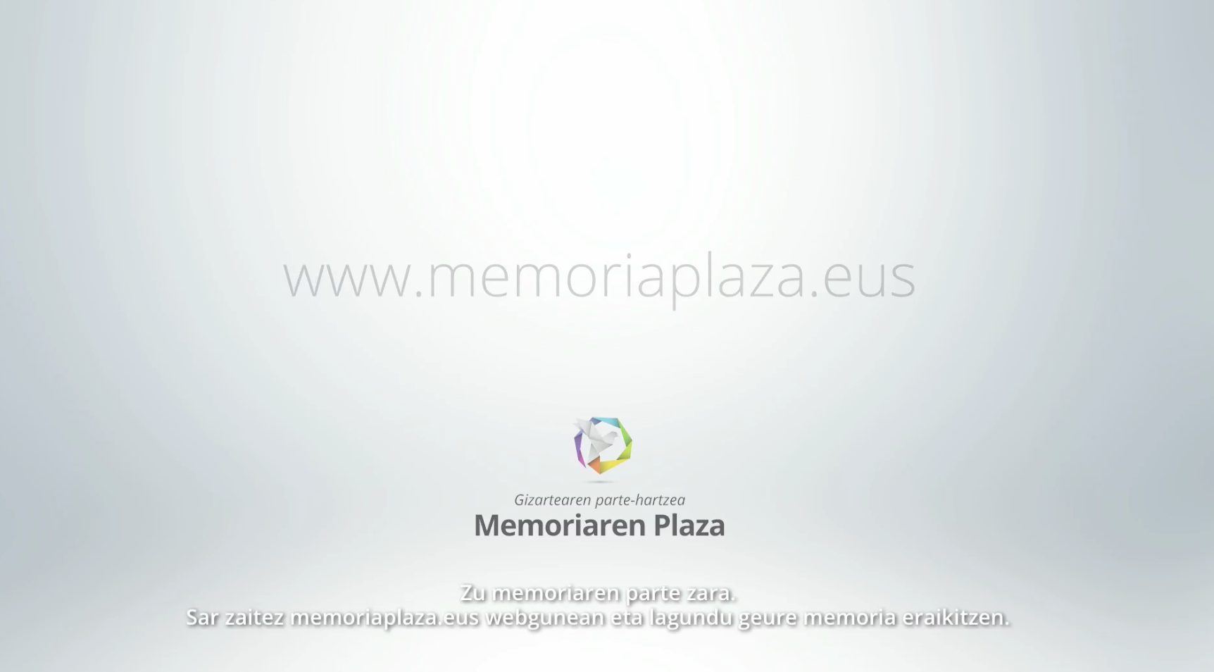 Eusko Jaurlaritzak abian jarri du memoria plaza, herritarrek parte hartzeko ekimena