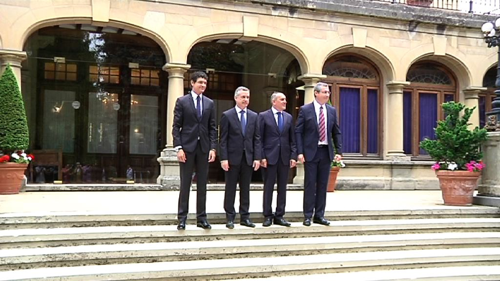 El lehendakari ha recibido a los diputados generales de Araba, Bizkaia y Gipuzkoa [1:18]