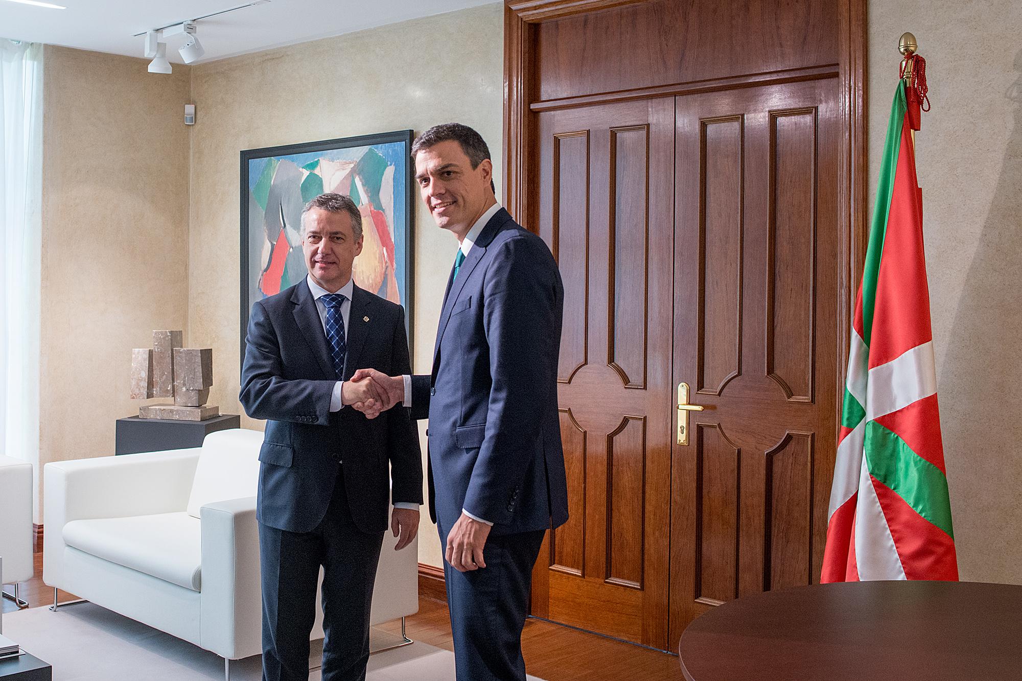 El lehendakari se ha reunido hoy con el secretario general del PSOE, Pedro Sánchez [1:21]
