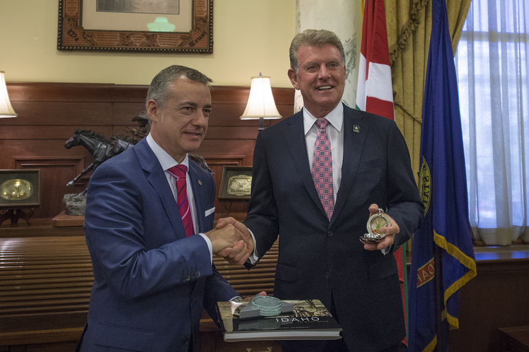 The Lehendakari and the Governor of Idaho agree to work together in the cultural and economic arenas