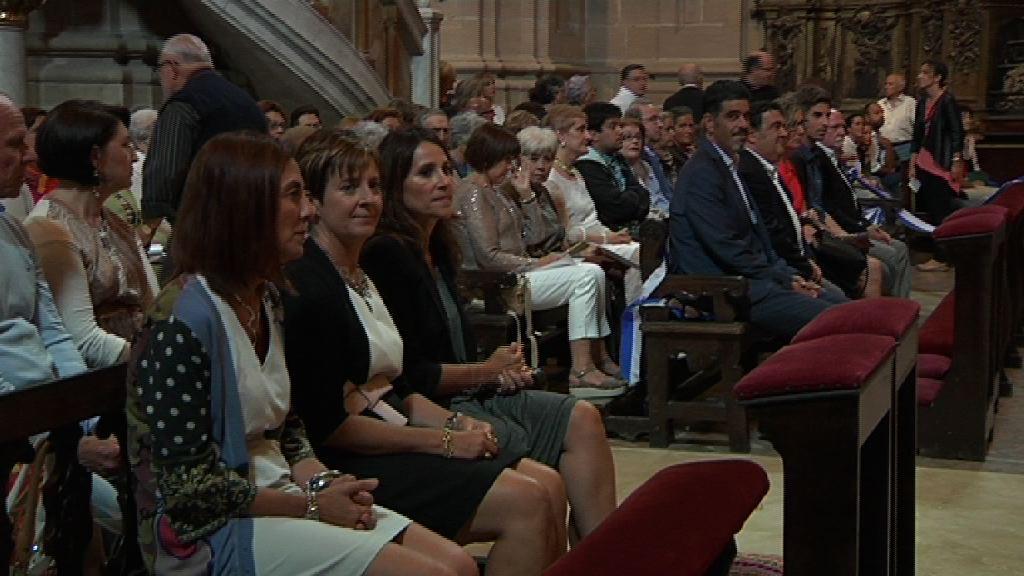 Tapia y Uriarte representan al Gobierno Vasco en la tradicional Salve donostiarra [1:53]