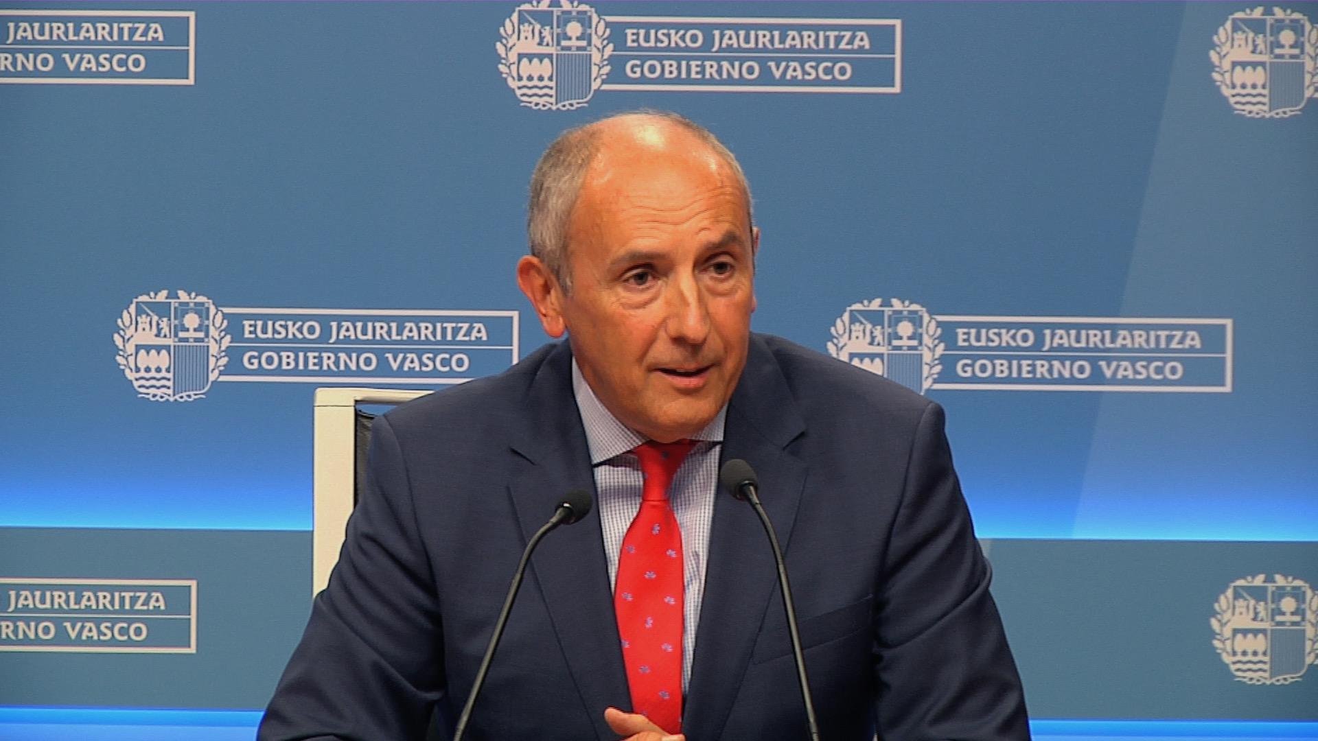 El Gobierno Vasco crea un grupo de trabajo para coordinar con las diputaciones, Eudel y las capitales vascas un eventual plan de acogida de refugiados  [10:42]