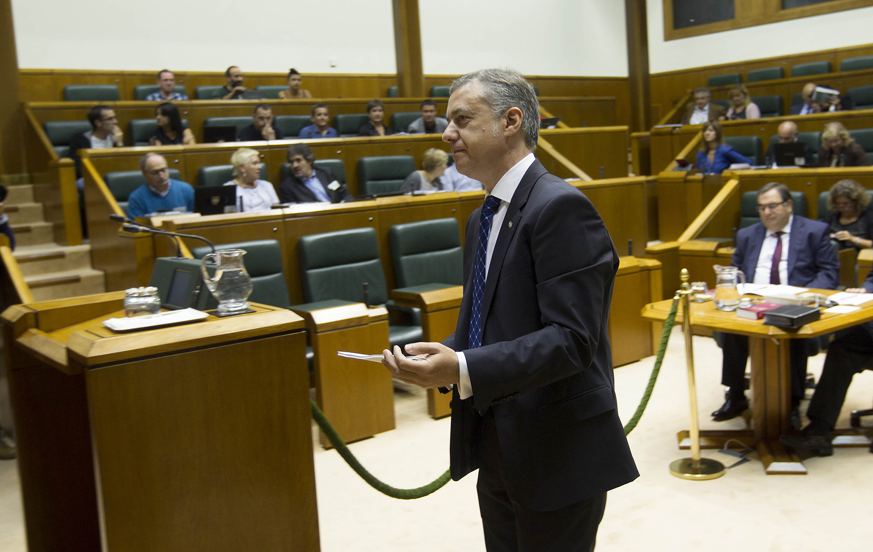 2015_09_24_lhk_parlamento_008.jpg