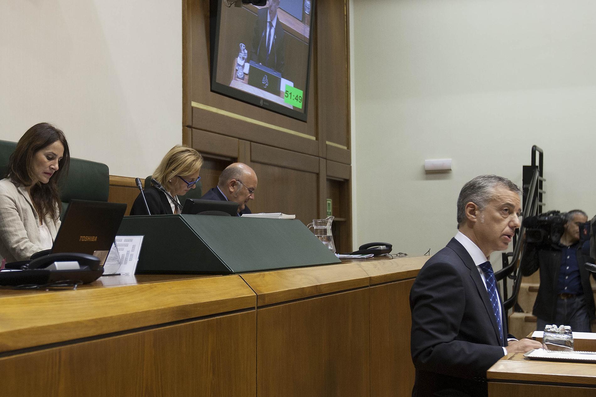 2015_09_24_lhk_parlamento_012.jpg