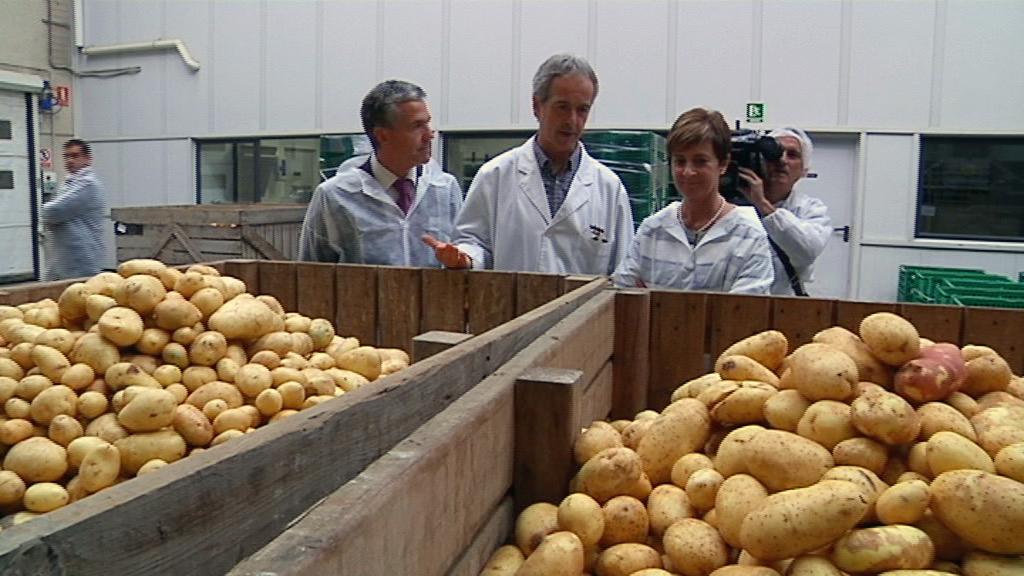 El Gobierno Vasco convoca ayudas por 10,3 millones de euros para  I+D+i en el sector primario y para nuevas inversiones en zonas rurales y litorales  [6:06]