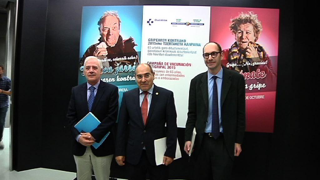 El consejero de Salud presenta la campaña de Vacunación Antigripal 2015 [30:56]
