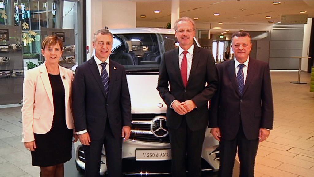 El lehendakari se reúne con los máximos responsables de la central del grupo Daimler/Mercedes-Benz en Alemania [8:55]
