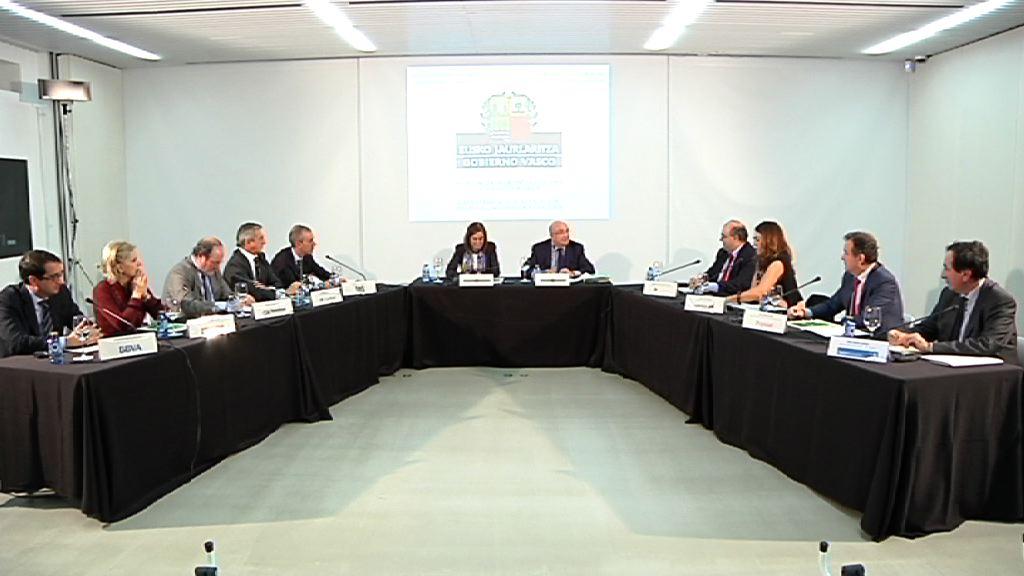 El Gobierno Vasco firma un convenio de colaboración con las principales entidades financieras que operan en Euskadi [36:23]