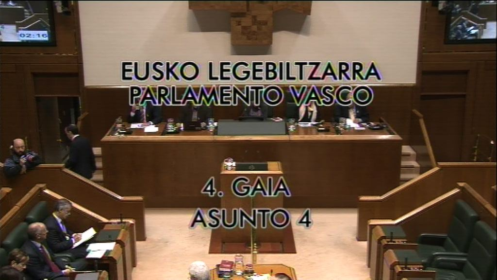 Galdera, Laura Garrido Knörr Euskal Talde Popularreko legebiltzarkideak lehendakariari egina, enplegu-arloko helburuak betetzeari buruz [9:00]