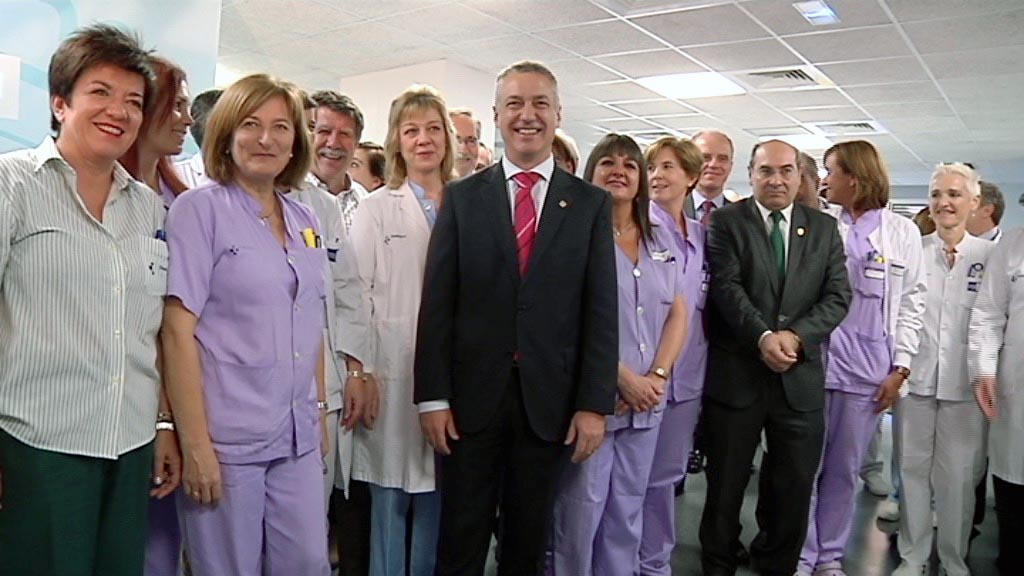 El lehendakari visita los renovados laboratorios del Hospital Galdakao-Usansolo [4:48]