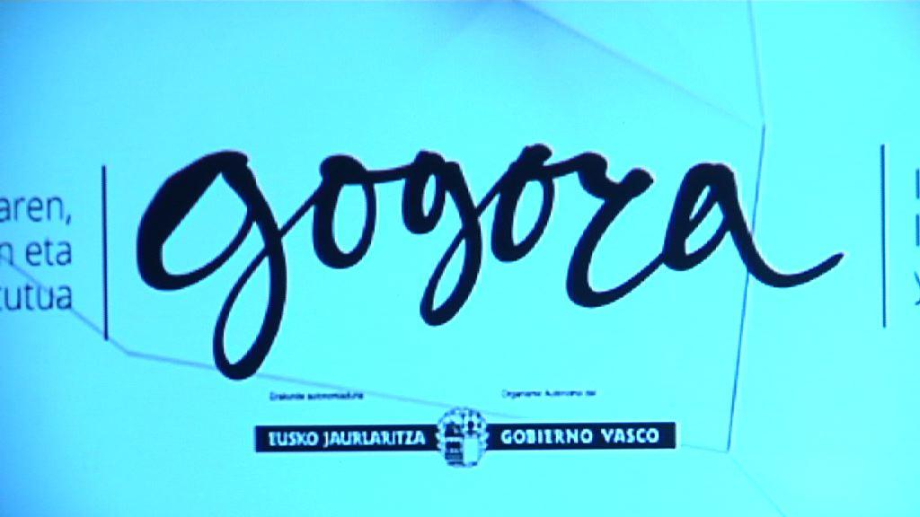 El Instituto de la Memoria Gogora se presenta ante instituciones, asociaciones de víctimas y agentes políticos, culturales y sociales