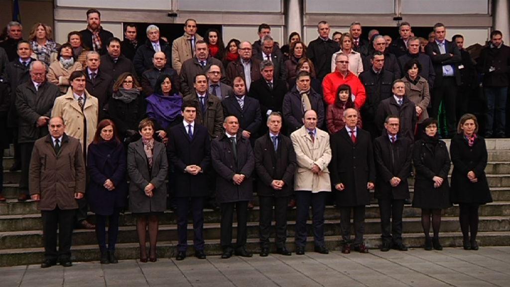 Eusko Jaurlaritzak Maliko erasoak gaitzestu ditu kontzentrazio isil batean