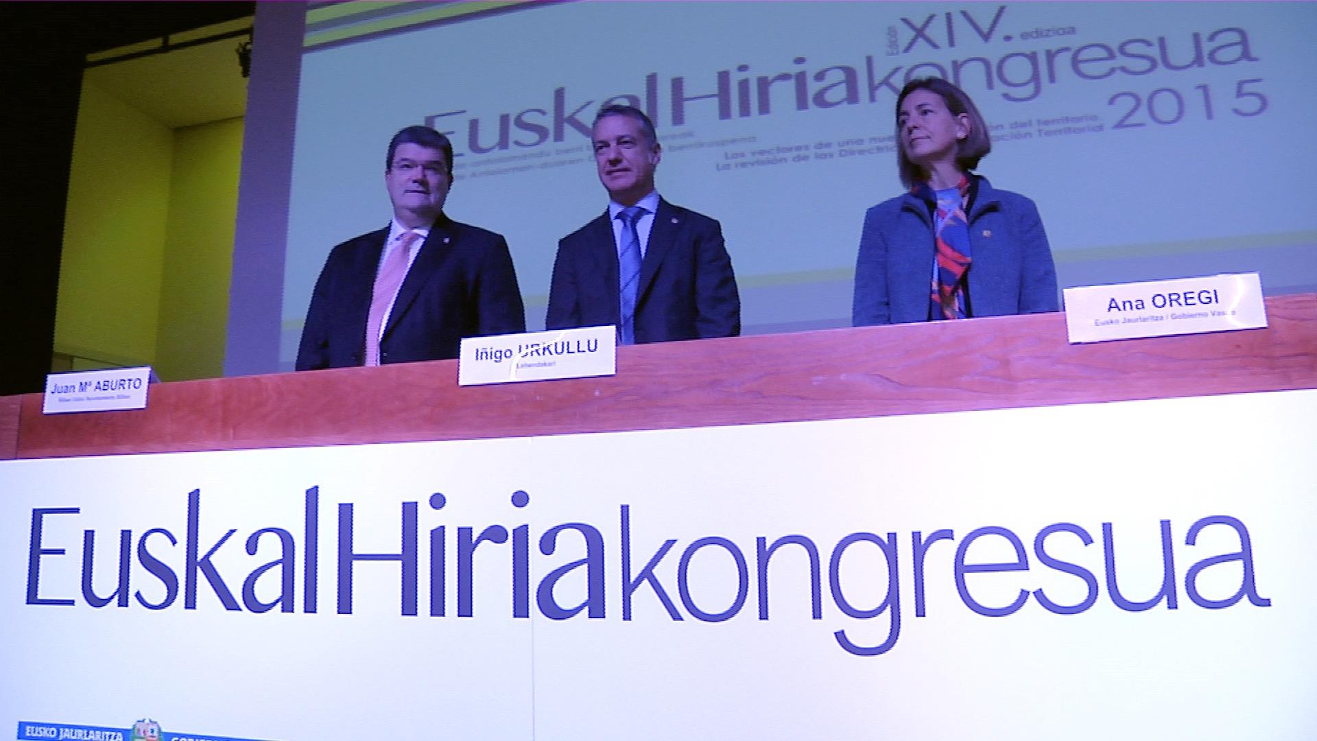 """El lehendakari propone la transformación de Euskadi en un territorio """"inteligente, sostenible, social e integrador, interrelacionado y participativo"""""""