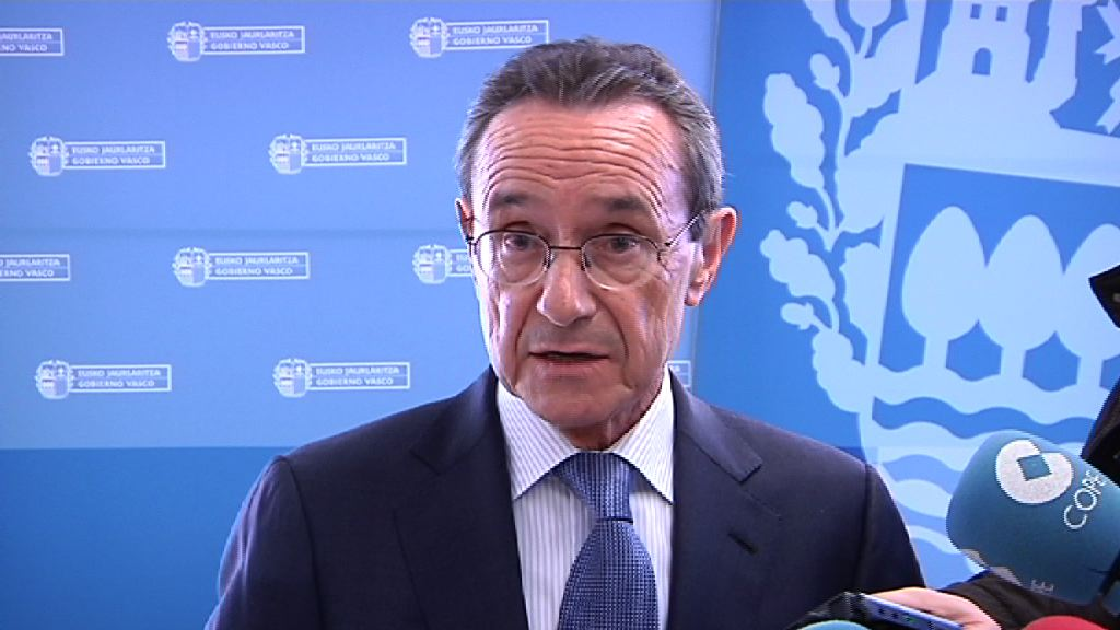 La tasa de paro baja al 14,5% y la población ocupada aumenta un 0,5% en el cuarto trimestre de 2015 en la C.A. de Euskadi