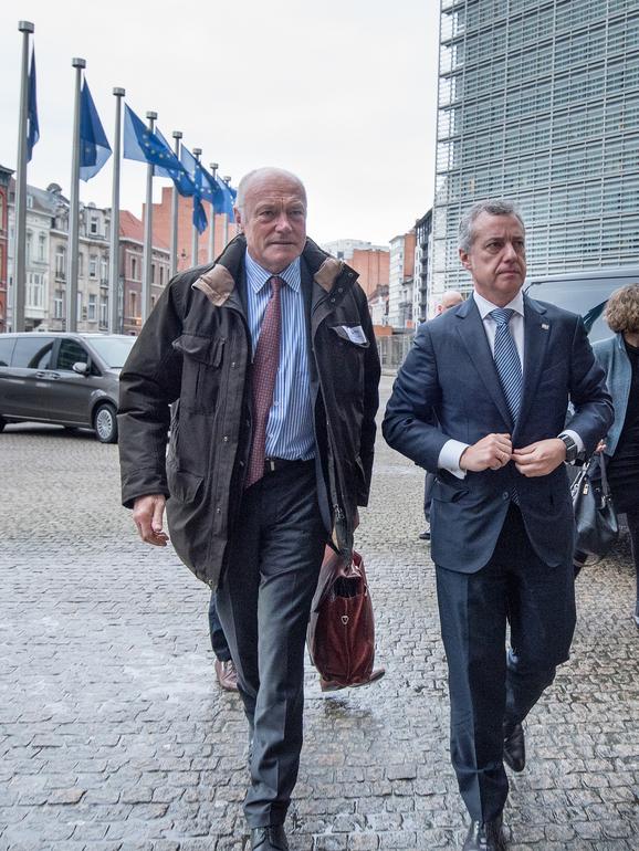 El lehendakari, junto con el presidente de Aquitania, se reúne con la comisaria europea de Transportes para abordar el proyecto del corredor ferroviario atlántico