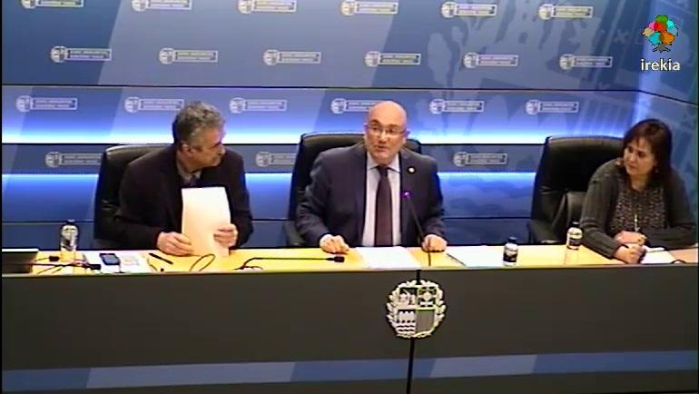 Patxi Baztarrika ha valorado el cuarto informe sobre el grado de cumplimiento de la Carta Europea de las Lenguas Regionales o Minoritarias