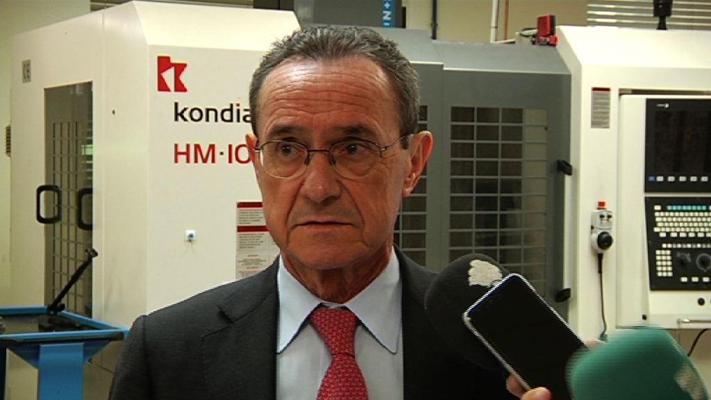 El descenso del desempleo en febrero, aunque moderado, vuelve a situar a Euskadi en la senda de la recuperación